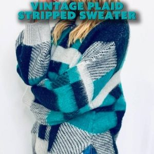 Vintage Plaid Stripped Sweater